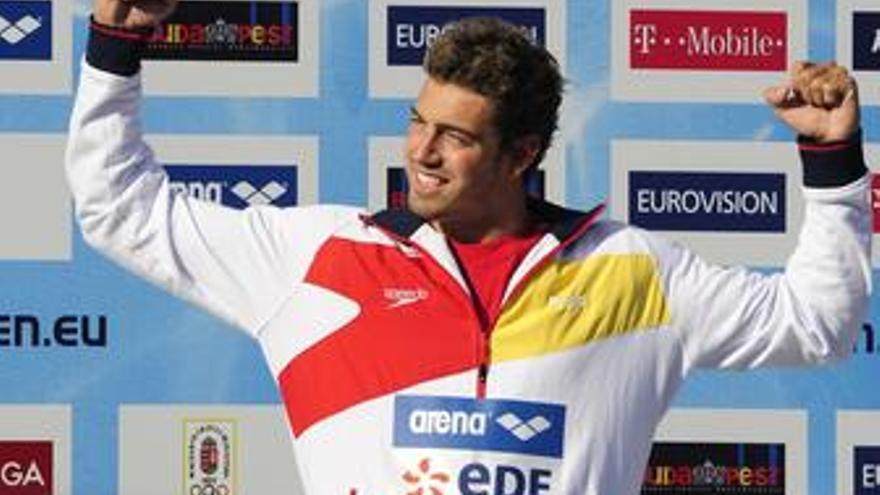 Rafa Muñoz en lo alto del podio