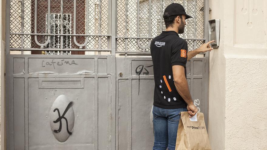 Repartidor de Amazon Prime Now en Barcelona