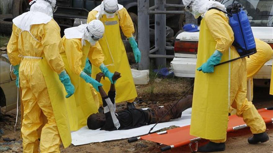 El número de infectados por ébola supera las 4.000 personas