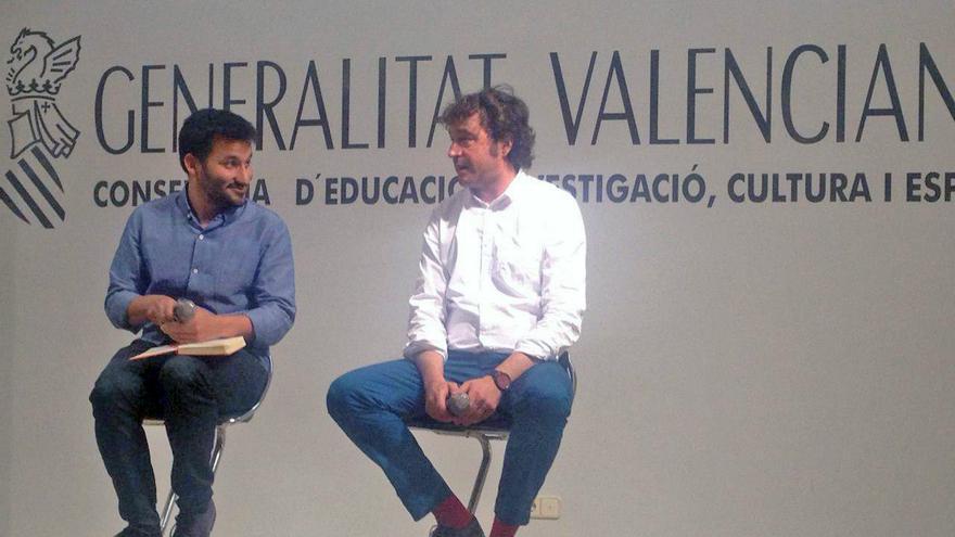 El conseller de Eduación, Vicent Marzà, junto al director general Rubén Trenzano