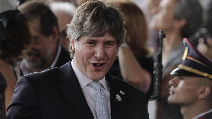 Un juez concluye la investigación contra el vicepresidente argentino por corrupción
