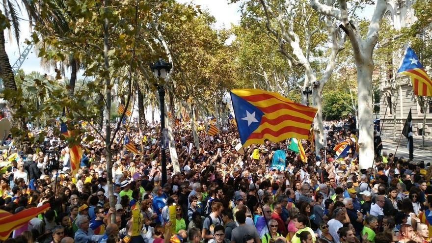 Independentistas europeos se movilizan para apoyar la causa secesionista