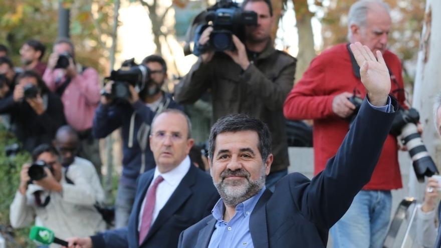 """Jordi Sànchez pide a Rajoy que facilite volver a Puigdemont al que ve como """"único candidato"""""""