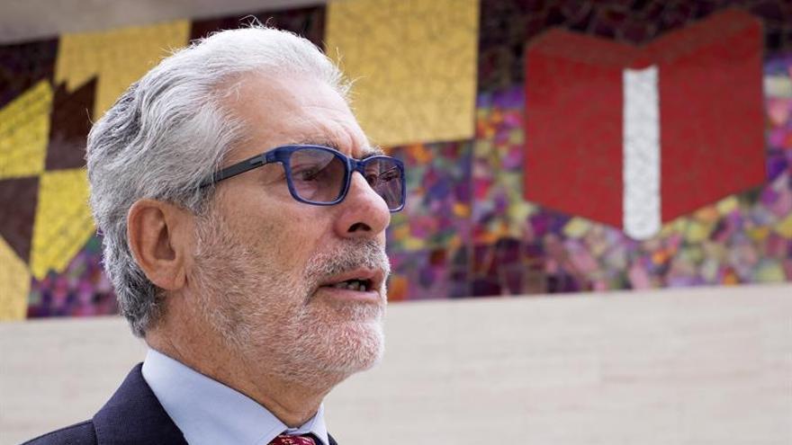 El rector de la Universidad de Las Palmas de Gran Canaria, José Regidor.