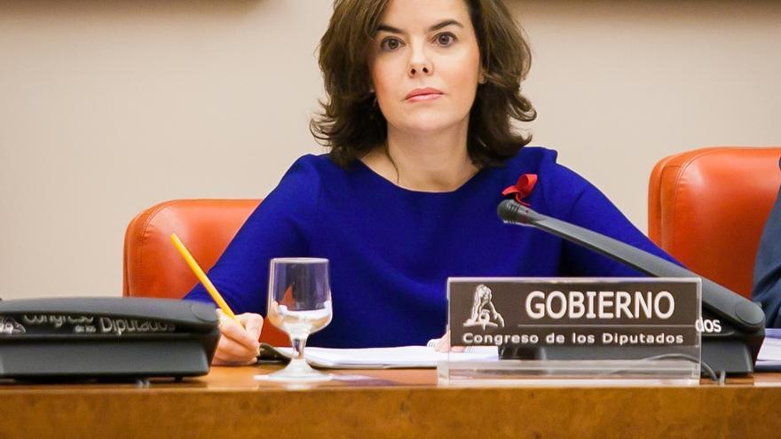 La oposición emplaza esta semana a Santamaría a hablar en el Congreso de sus vetos, memoria histórica y aforados