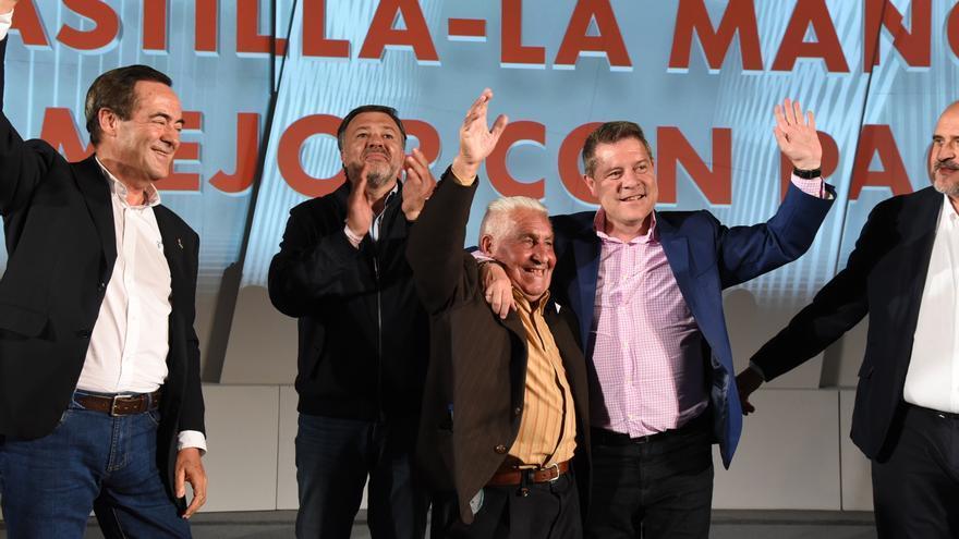 """""""España no puede gobernar con los extremistas"""", proclama García-Page al cierre de campaña"""