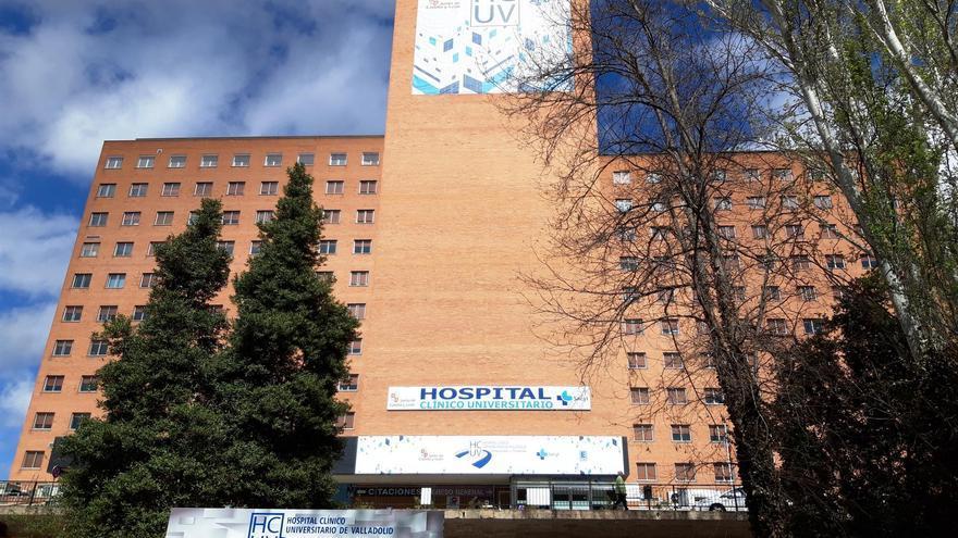 El Hospital Clínico Universitario, donde fue atendida la mujer al sufrir un aborto