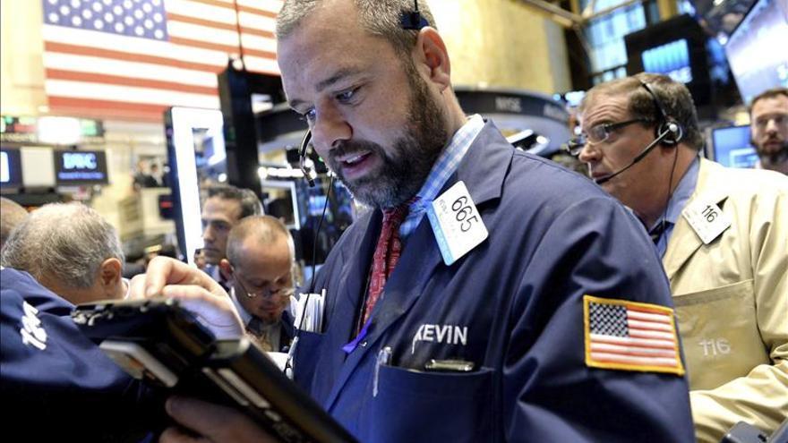 Wall Street abre a la baja y el Dow Jones pierde un 0,15 por ciento