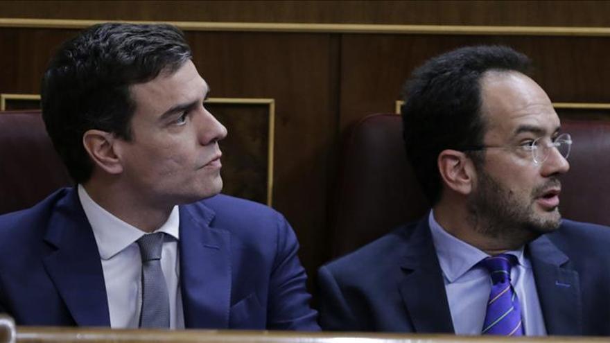 El PSOE insta al Gobierno a derogar la reforma laboral y acabar con la precariedad
