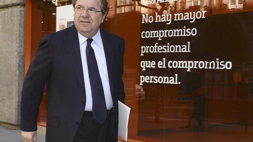 Un acuerdo tripartito impedirá a León de la Riva renovar alcaldía de Valladolid