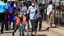 Entre el coronavirus y hambre: en Zimbabue, los más pobres no saben cómo sobrevivirán durante el confinamiento