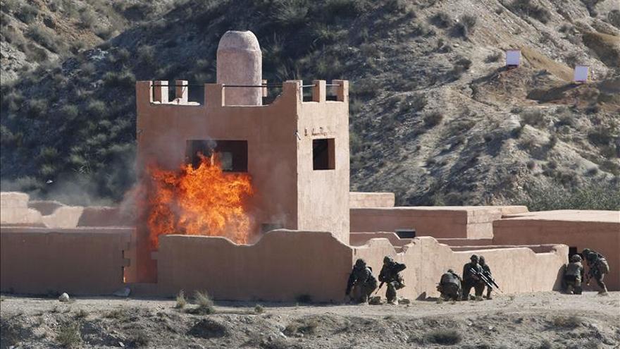 Mando de la OTAN verifica en Viator (Almería) las capacidades de la Legión