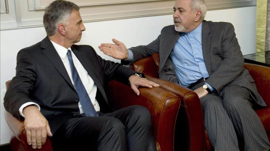 Ashton y el ministro iraní de Exteriores confirman acuerdo de programa nuclear