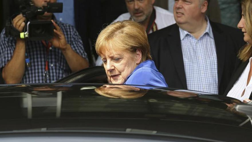 Merkel defiende la acogida de refugiados tras dos atentados yihadistas