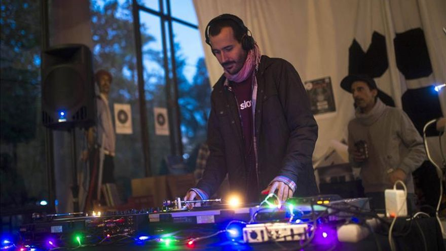 Córdoba en Navidad suena a vinilos de música electrónica