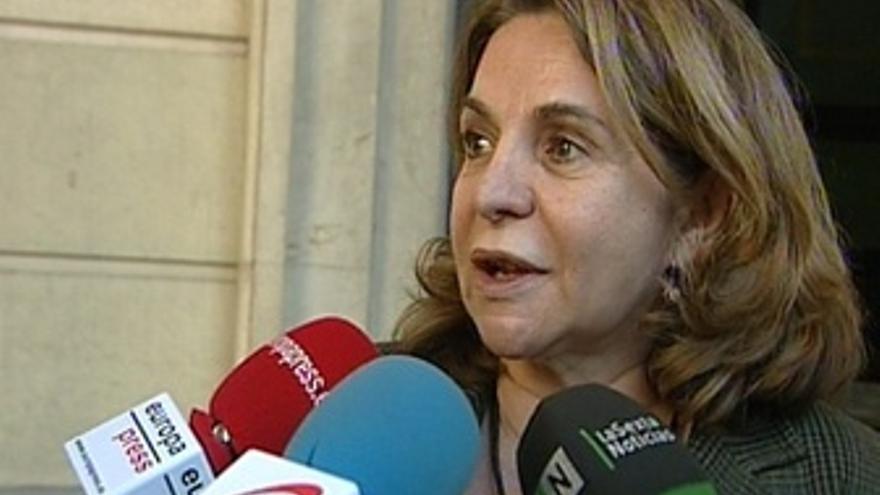 La Abogada De Amuvi, Pilar Sepúlveda