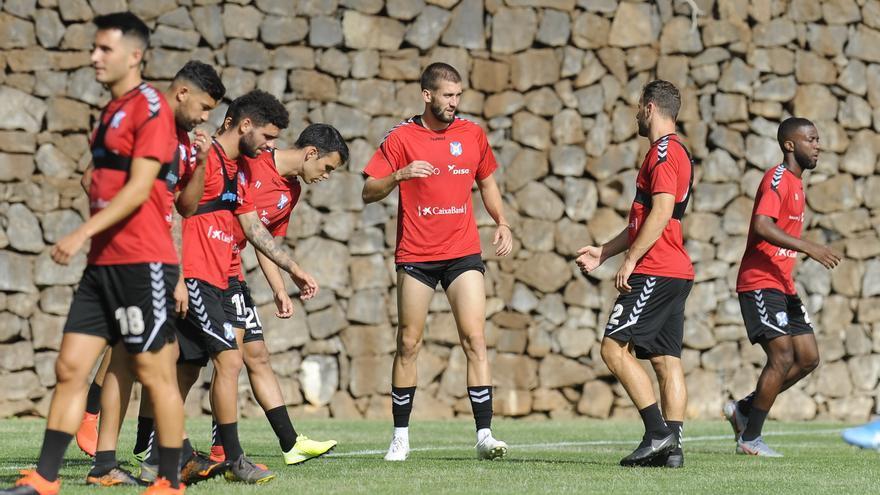 Sipcic, en el centro de la imagen, durante un entrenamiento en El Mundialito.