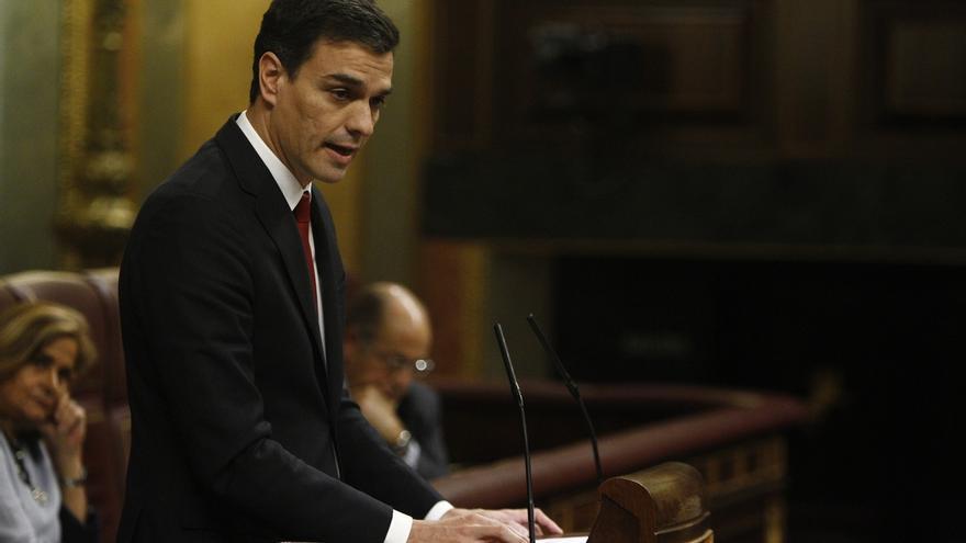 """Sanchez defiende que Rajoy no está """"capacitado ni legitimado"""" para la lucha contra la corrupción que """"exige España"""""""