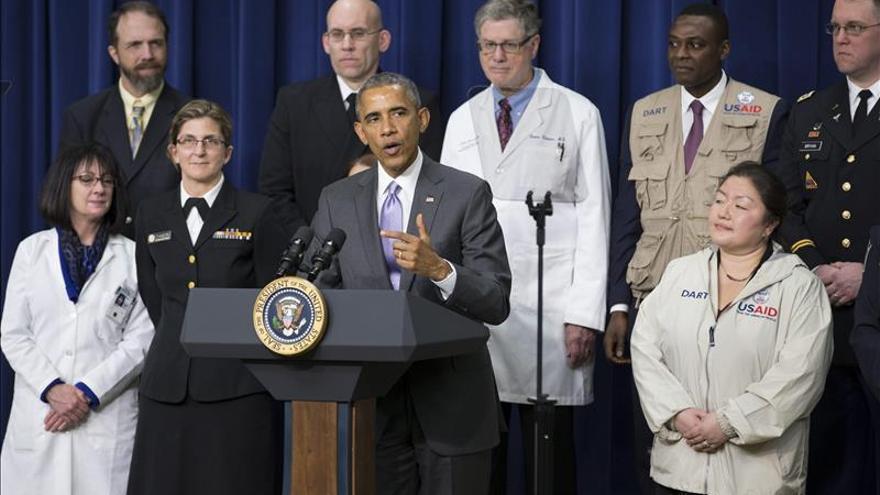 """Obama anuncia una """"nueva fase"""" en la lucha contra el ébola, con retirada militar"""