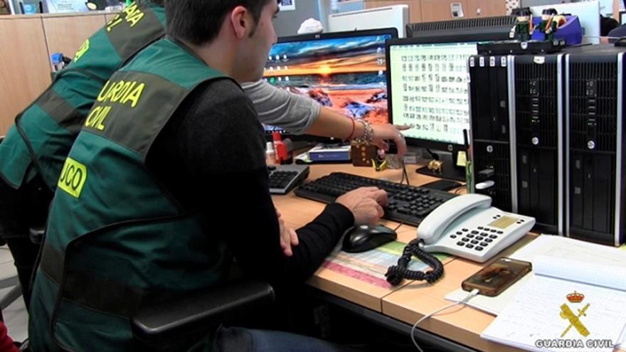 """La Guardia Civil afirma que la red solicitaba a los menores que hicieran actos """"totalmente aberrantes"""""""