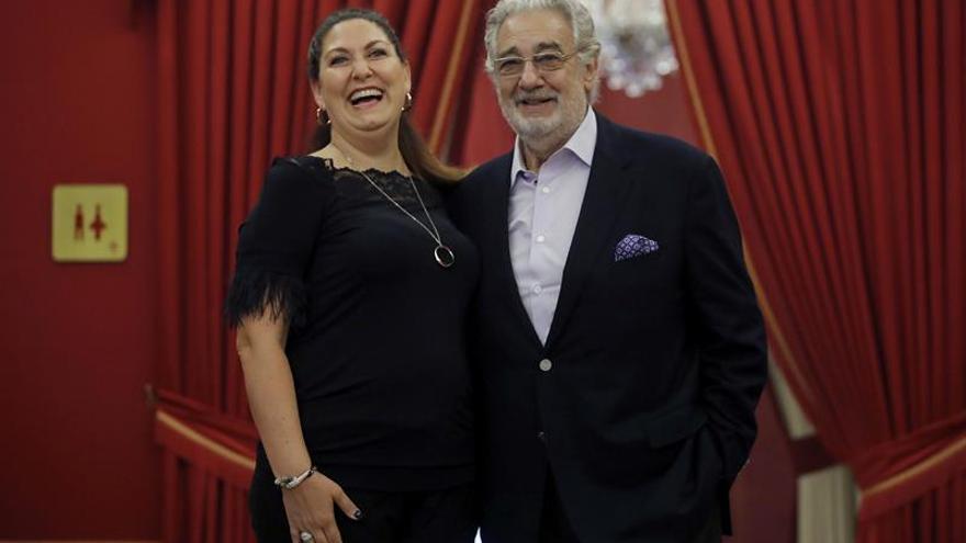 """Plácido Domingo llega a 3.900 funciones en su """"adorada"""" Madrid con """"Macbeth"""""""