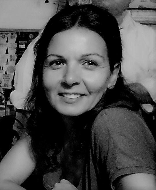 Ana Monzón.