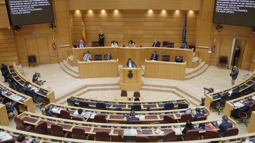 El Senado permite a medio centenar de senadores otras actividades, como alcaldías, clases y despachos de abogado