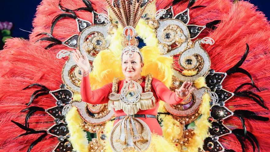 'Amor a mí', fantasía ganadora de la Gala Gran Dama del Carnaval de Los Llanos.