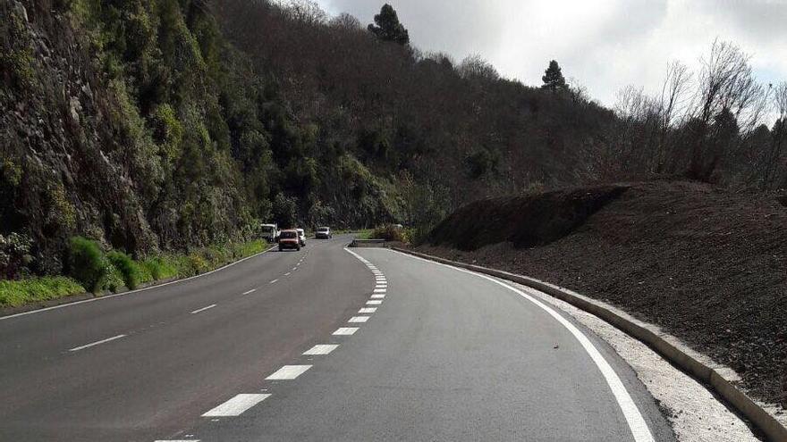 Prolongación del carril de vehículos lentos ubicado en el punto kilométrico 10 de la Carretera de la Cumbre, LP-3, en sentido Santa Cruz de La Palma.
