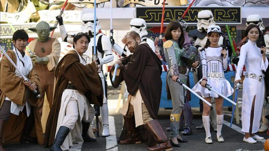 """""""Star Wars"""" no puede con la animación nipona en Japón"""