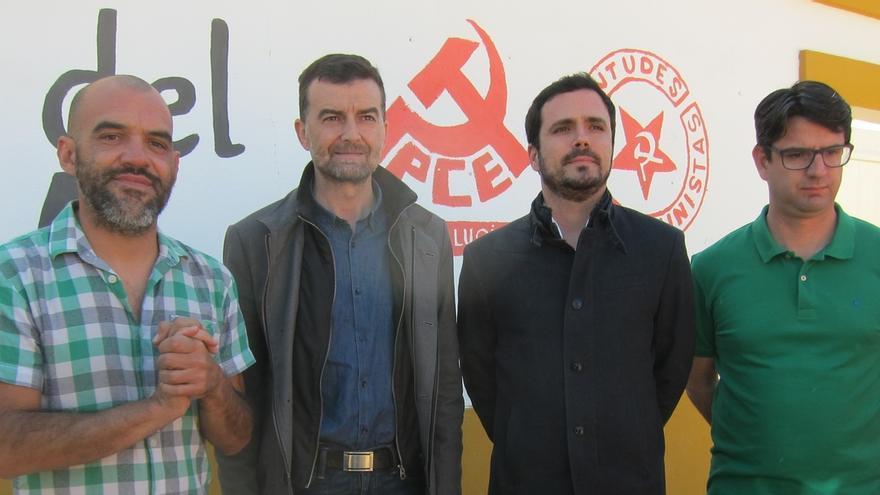 """Garzón dice al PP que el ajuste en los PGE hay que aplicarlo a quien """"ha saqueado"""" el país"""