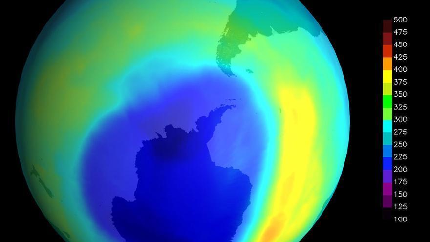 Imagen del agujero de ozono sobre la Antártida registrado en septiembre de 2000