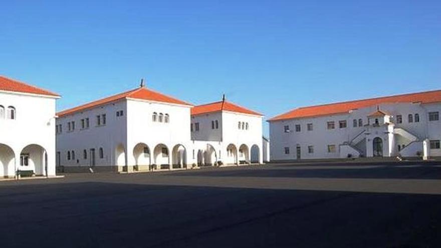 En la imagen, acuartelamiento El Fuerte de Breña Baja.