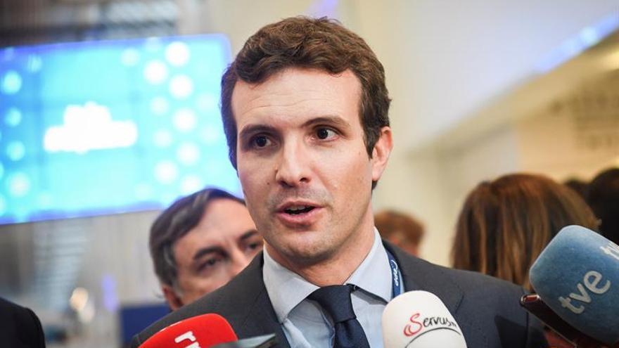 Casado reclama a Sánchez convocar elecciones si no puede aprobar presupuestos