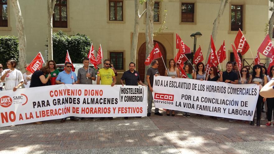 Concentración el viernes 27 a las 18.00 horas en la Glorieta de Murcia