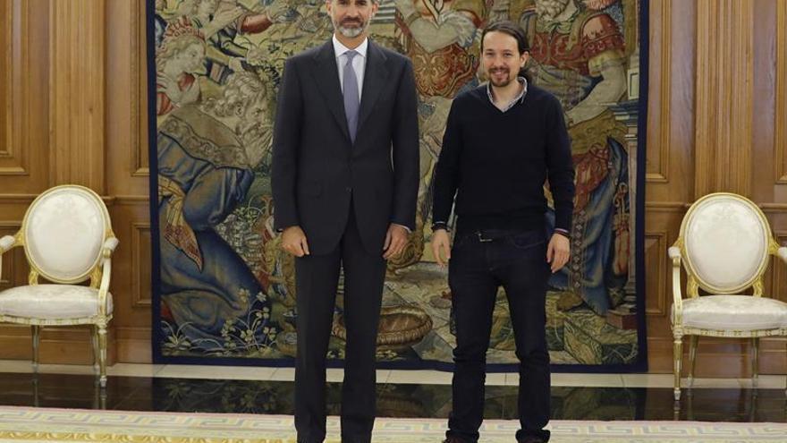 Iglesias plantea al Rey las perspectivas de Podemos tras el viraje del PSOE