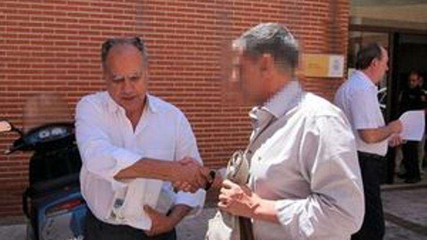 Casimiro Curbelo, a su salida de la comisaría (EUROPA PRESS)