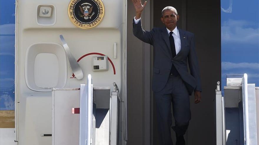 Obama llega a Kuala Lumpur para participar en la cumbre de ASEAN