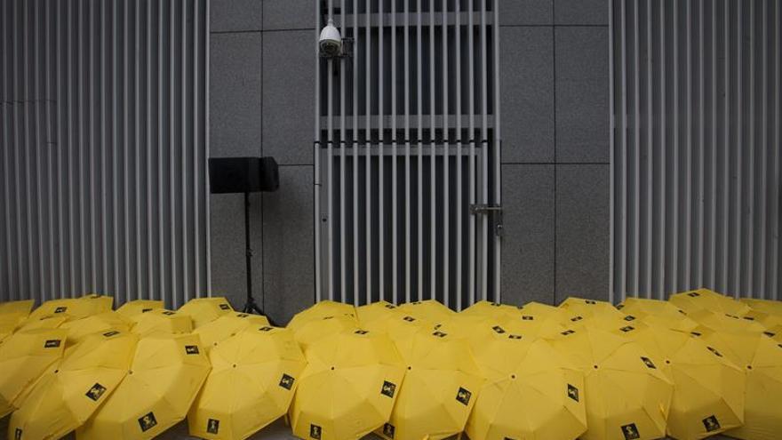 """Cárcel para 7 policías por un asalto durante la """"revolución de los paraguas"""""""