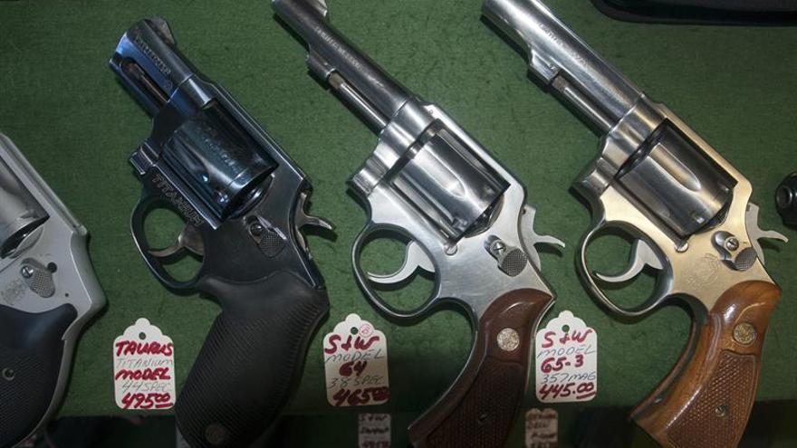 EEUU es el líder mundial de tenencia de armas y también de muertes provocadas por disparos
