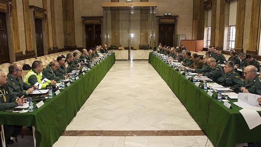 Holgado analiza en su primer Consejo de la Guardia Civil las reclamaciones sobre retribuciones y reposición de vacantes