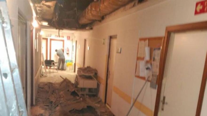 Techo derrumbado en el hospital 12 de Octubre / MATS