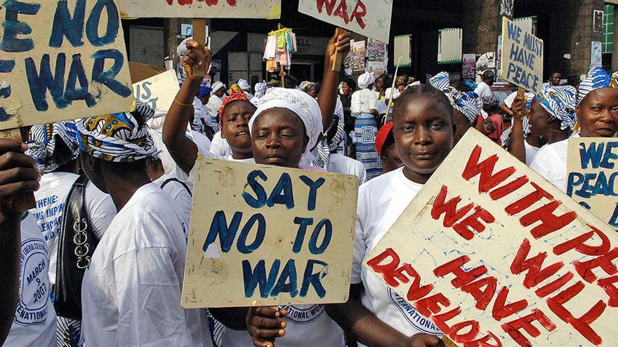 Imagen de archivo de mujeres liberianas durante una protesta pacífica contra la guerra en 2007.