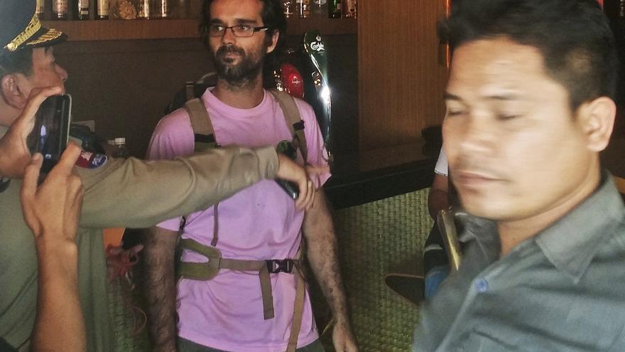 Camboya condena en rebeldía a un activista español a 20 meses de prisión