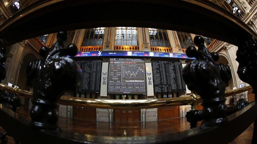 El IBEX se desploma el 2,68 % y pierde los 9.500 puntos tras las elecciones