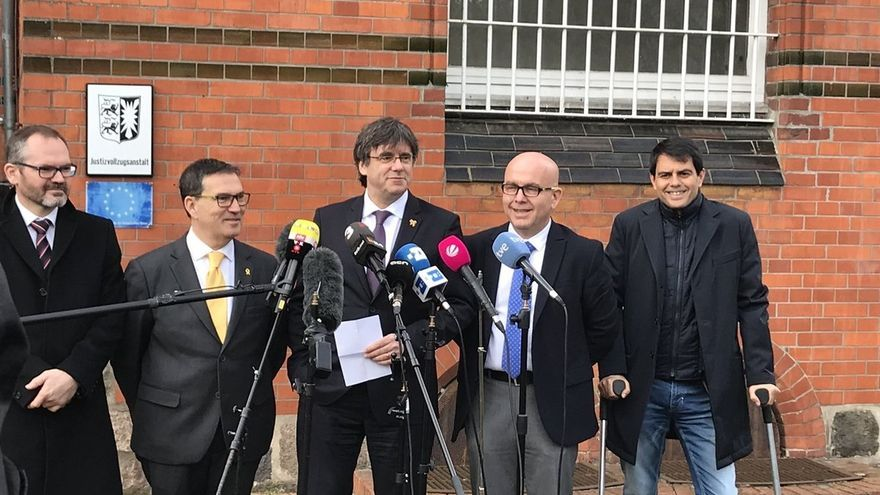 Puigdemont subraya que su inmunidad si es eurodiputado dependerá de la justicia europea