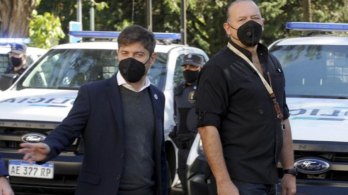 El gobernador Axel Kicillof y el ministro de Seguridad bonaerense, Sergio Berni, compartieron un acto en Olavarría.