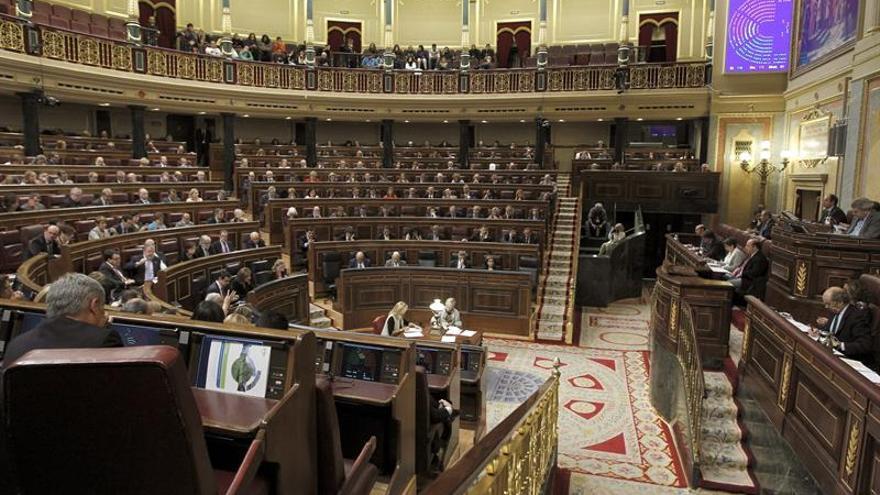 El Pleno del Congreso decide hoy si tramita la paralización de la Lomce
