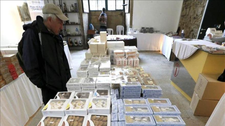 """La feria del dulce """"Expoconvento"""" lleva a Santiago 250 variedades artesanales"""