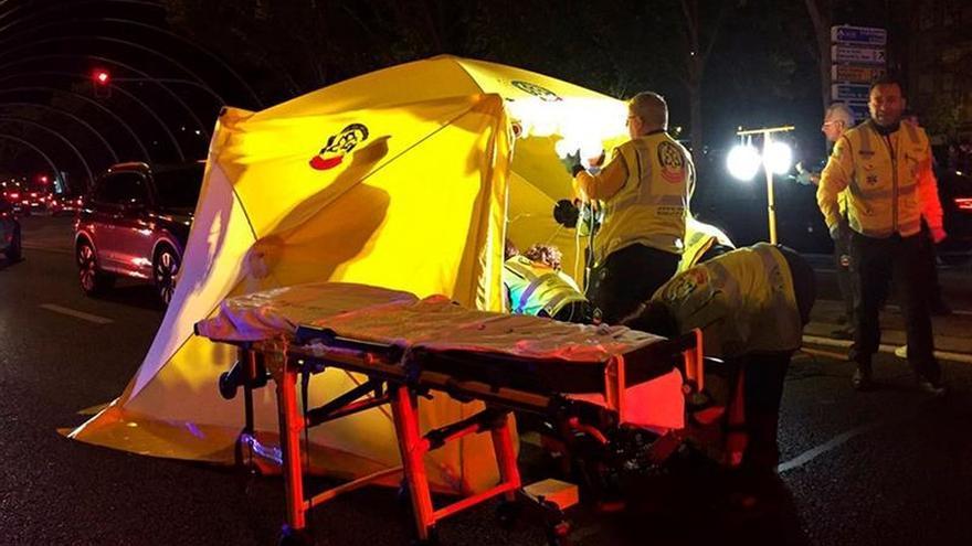Una menor de 13 años muere atropellada en la Avenida de la Ilustración de Madrid